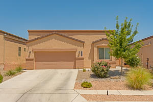 8605 Mock Heather Road NW, Albuquerque, NM 87120
