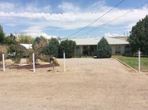 145 El Pueblo Road NW