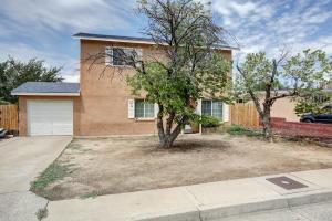 1217 Lester Drive NE, Albuquerque, NM 87112