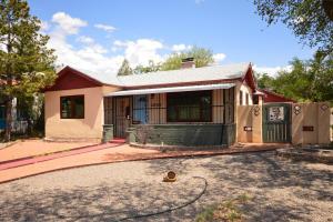 3402 Monte Vista Boulevard NE, Albuquerque, NM 87106