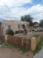 5411 Kathryn Avenue SE, Albuquerque, NM 87108