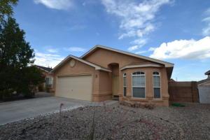 10204 Country Meadows Drive NW, Albuquerque, NM 87114