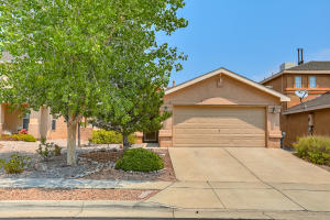 7701 Harrier Avenue NW, Albuquerque, NM 87114