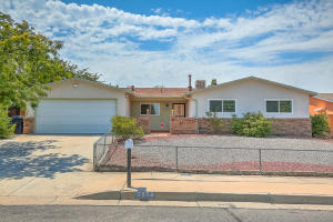 7504 San Francisco Road NE, Albuquerque, NM 87109