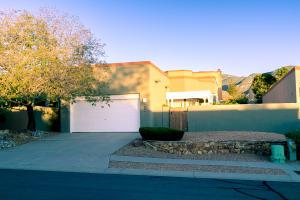 5708 Bosque Vista Drive NE