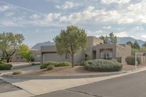 12715 Desert Sky Avenue NE