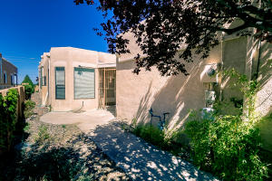 Property for sale at 711 Tramway Place NE Unit: 33, Albuquerque,  NM 87122