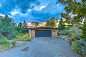 Property for sale at 105 Juniper Hill Road NE, Albuquerque,  NM 87122