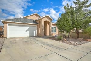 6105 Segovia Avenue NW, Albuquerque, NM 87114