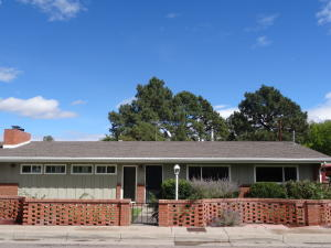 Property for sale at 1725 Escalante Avenue SW, Albuquerque,  NM 87104