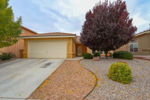 1615 Rain Place NW, Albuquerque, NM 87120