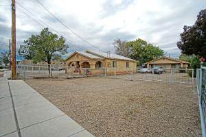 2057 Isleta Boulevard SW, Albuquerque, NM 87105