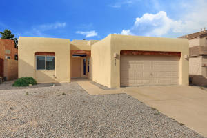 9505 Vista Casitas Drive NW, Albuquerque, NM 87114