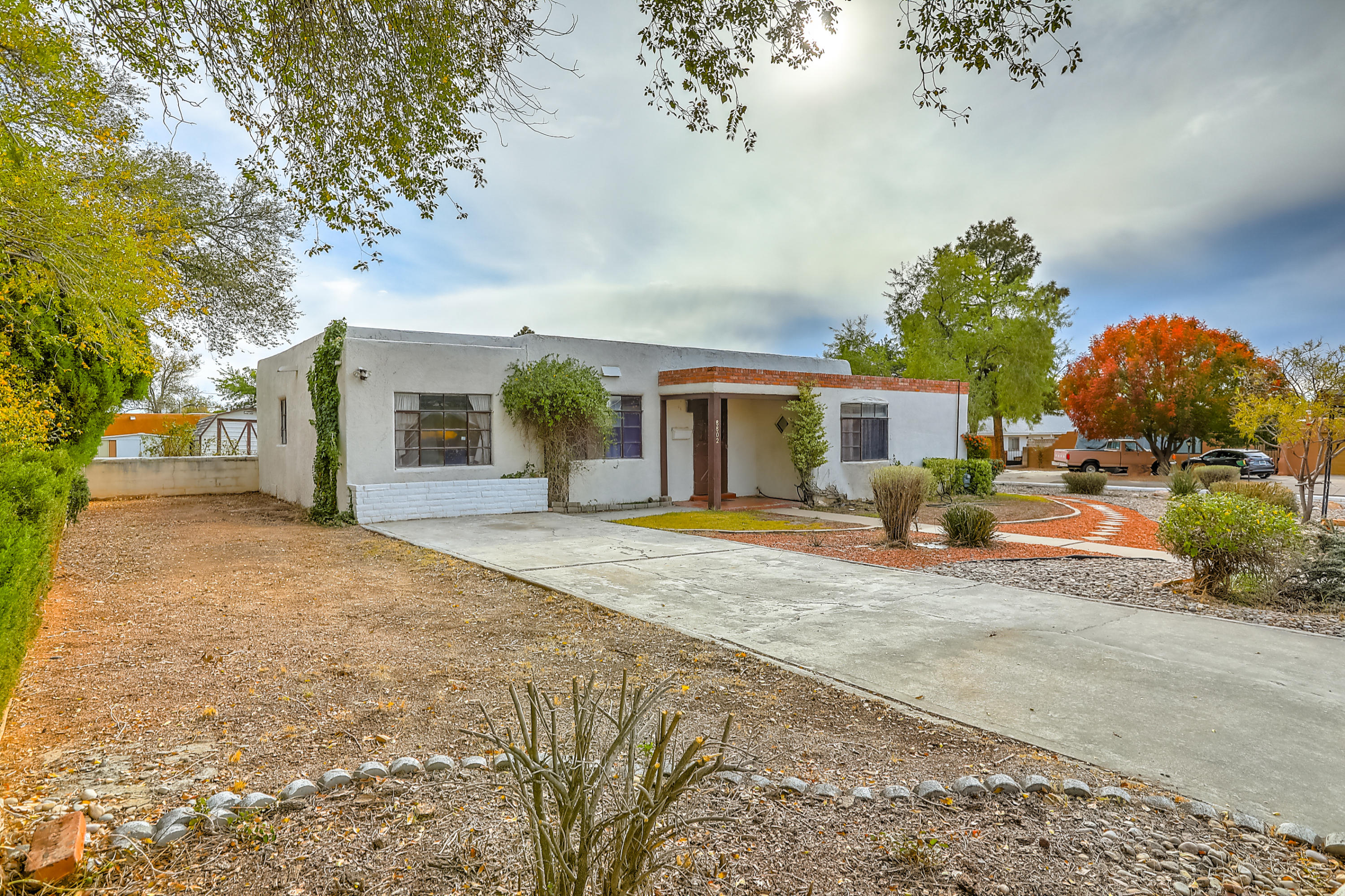 8802 Cottonwood Road NE Albuquerque Home Listings - RE/MAX Elite Albuquerque Real Estate