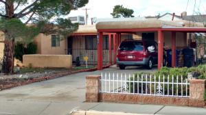 7617 Copper Avenue NE, Albuquerque, NM 87108