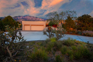 Property for sale at 542 Black Bear Loop NE, Albuquerque,  NM 87122