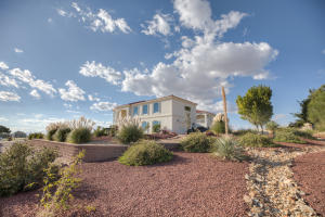 Property for sale at 9707 Ranchitos Avenue NE, Albuquerque,  NM 87122