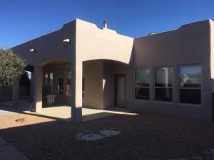 517 Monterrey Road NE, Rio Rancho, NM 87144