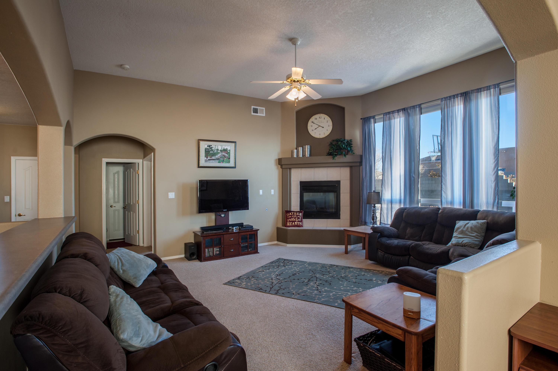 6608 Freemont Hills Lp Interior-7