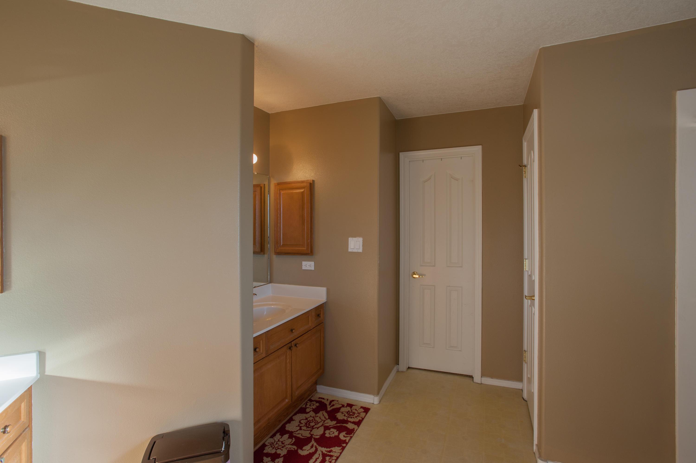 6608 Freemont Hills Lp Interior-27