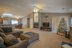 6616 Country Hills Court NW, Albuquerque, NM 87114