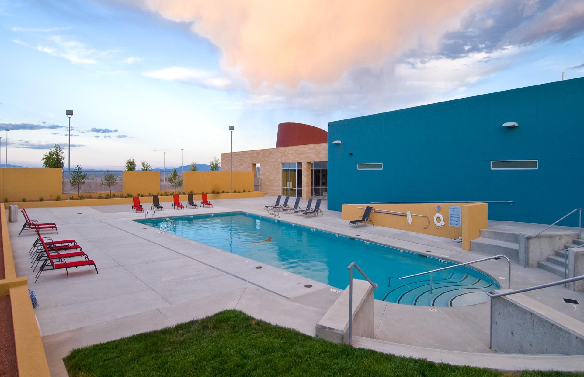 Mariposa Pool