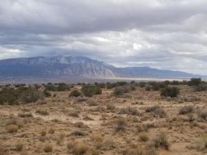 6211 Caldera Road NE, Rio Rancho, NM 87144