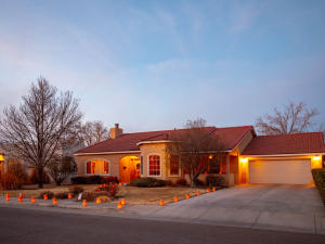 Property for sale at 1719 San Cristobal Road SW, Albuquerque,  NM 87104
