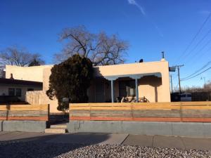 301 Vassar Drive SE, Albuquerque, NM 87106