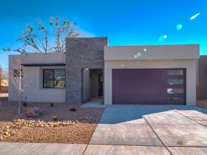2720 Puerta del Bosque Road NW, Albuquerque, NM 87104