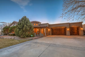 Property for sale at 8601 Royal Glo Drive, Albuquerque,  NM 87122