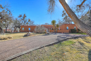 Property for sale at 132 Camino De La Paloma, Corrales,  NM 87048