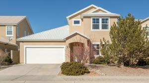 450 Minturn Loop NE, Rio Rancho, NM 87124