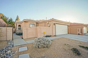415 Serenity Court SE, Albuquerque, NM 87123