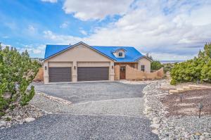 6 Indian Flats Road, Placitas, NM 87043