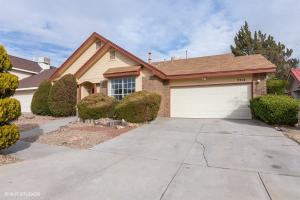 7712 Bursera Drive NW, Albuquerque, NM 87120