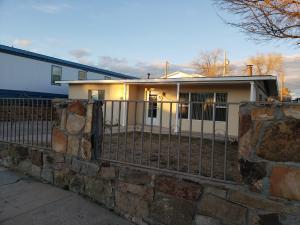 1011 Pecos Avenue, Santa Rosa, NM 88435