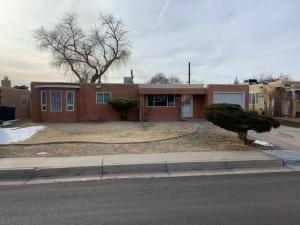 1309 Guaymas Place NE, Albuquerque, NM 87110