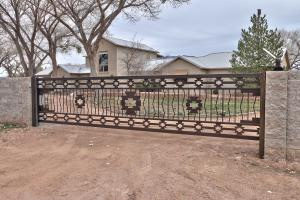 Property for sale at 322 Camino Corrales Del Norte, Corrales,  New Mexico 87048