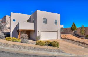 5219 Apollo Drive NW, Albuquerque, NM 87120