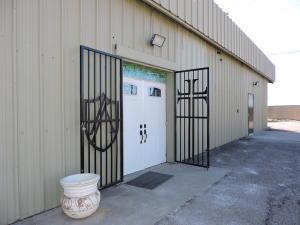 537 Oak Street SE, Albuquerque, NM 87106