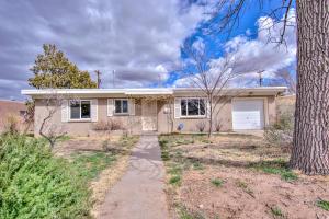 214 Morningside Drive NE, Albuquerque, NM 87108