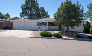 13124 Cedarbrook Avenue NE, Albuquerque, NM 87111