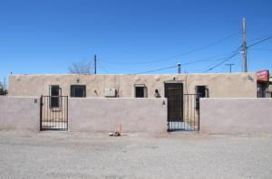 426 Towner Avenue NW, Albuquerque, NM 87102