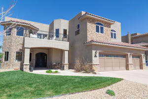 Property for sale at 8912 Oak Ridge Court, Albuquerque,  NM 87122
