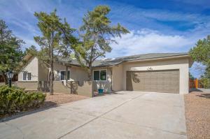 704 Norfolk Court SE, Rio Rancho, NM 87124