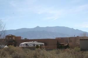 5809 Rio Animas Road NE, Rio Rancho, NM 87144