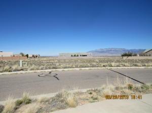 Kimberlite (L15,B2,U2,VC) Drive NW, Albuquerque, NM 87120