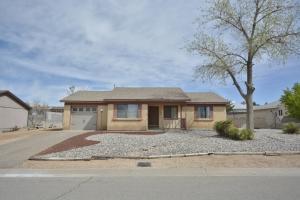 98 Saffin Drive SE, Rio Rancho, NM 87124