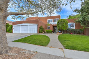 Property for sale at 11904 Persimmon Drive NE, Albuquerque,  NM 87111